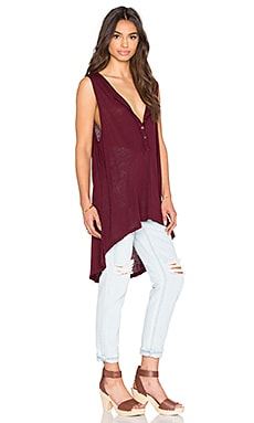 Free People Union Henley Top en Aubergine
