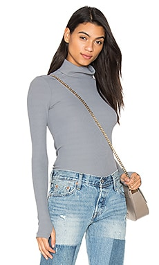 Second Skin Turtleneck Top en Gris foncé