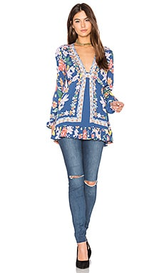 Violet Hill Printed Tunic Top in Blue