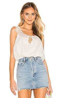 TOP SIN MANGAS CLOVER CROFT Free People $53