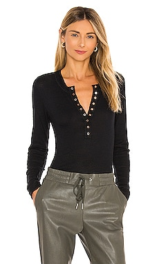 TOP HENLEY ONE OF THE GIRLS Free People $40