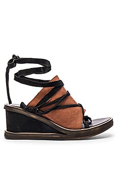 Bowery Wedge in Black & Tan