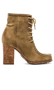 Frye Parker Moc Short Boot in Natural