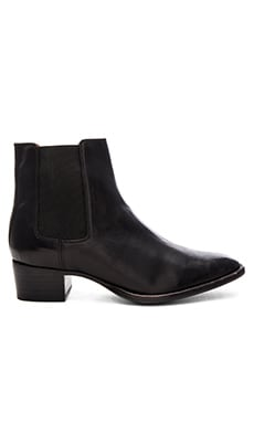 Dara Chelsea Bootie in Black