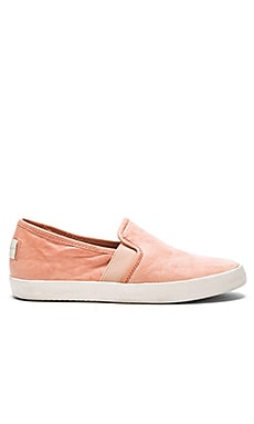 Frye Dylan Slip On Sneaker in Peach