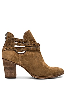 Naomi Pickstitch Bootie in Chestnut
