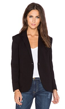 GETTINGBACKTOSQUAREONE Blazer in Black