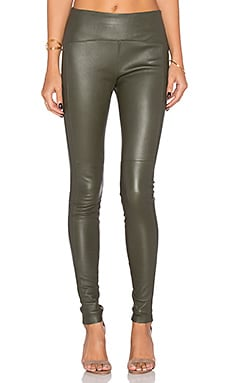 GETTINGBACKTOSQUAREONE Iconic Leather Legging in Olive Green