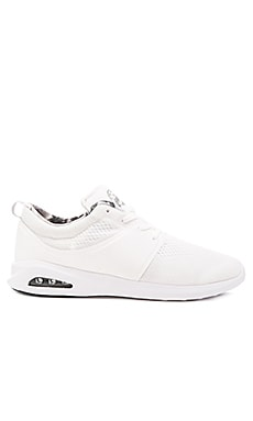 Globe Mahalo Lyte Sneaker in White