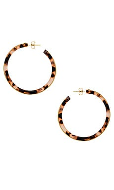 Фото - Серьги-кольца irina - gorjana коричневого цвета