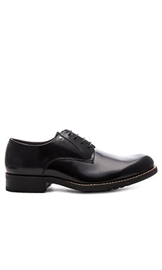 Manor Dryden Shine Oxford in Black Textured Leather