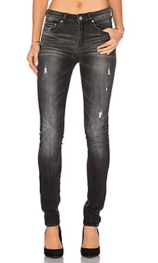 3301 High Rise Skinny en Medium Aged Restored