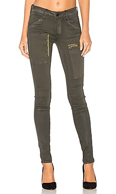 Powel Zip Skinny in Dark Combat