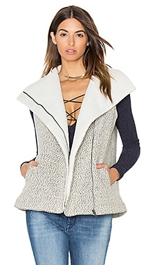 Melissa Shearling Vest in Oatmeal