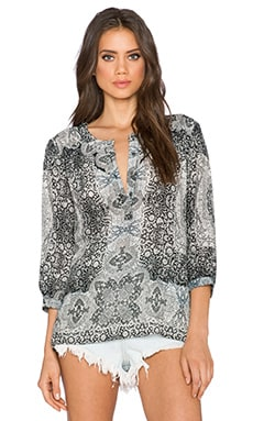 Gypsy 05 Printed 3/4 Sleeve Blouse in Black