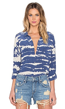 Gypsy 05 Long Sleeve Button Up in Azure