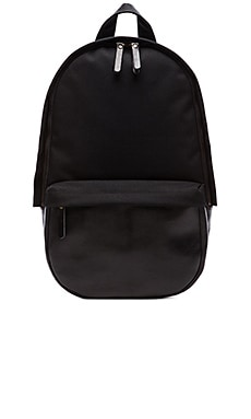Capsule Backpack in Schwarz