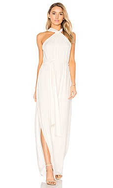 Sleeveless Knot Drape Neck Gown in Weiß