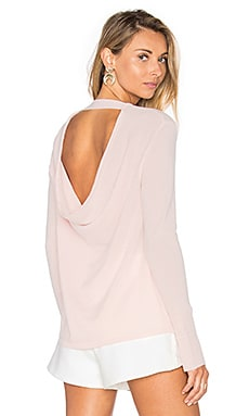 Round Neck Cashmere Sweater in Barely Pink