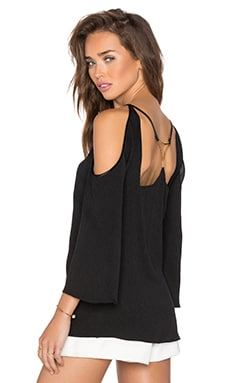 Cold Shoulder Open Back Top en Negro