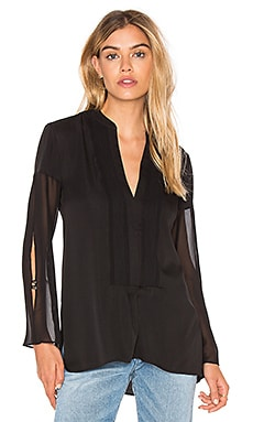 Deep V Sheer Sleeve Top en Negro