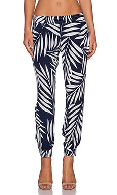 MONROW Palm Print Crepe Pant in Bone