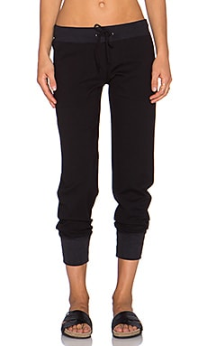 MONROW Retro Patch Pocket Sweatpant in Black