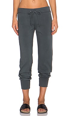 MONROW Retro Patch Pocket Sweatpant in Gunmetal