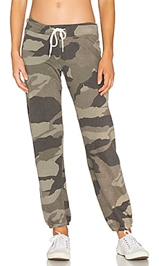 Oversized Camo Sweatpant in Olive