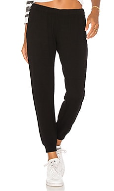 Super Soft Jogger MONROW $124