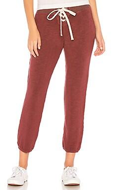 Фото - Спортивные брюки supersoft - MONROW цвет вишня