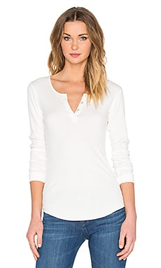 MONROW Long Sleeve Henley Top in Natural