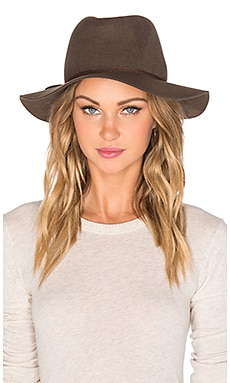 Hat Attack Water Resistant Hat in Putty