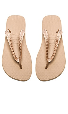 Havaianas Top Metallic Flip Flop in Rose Gold