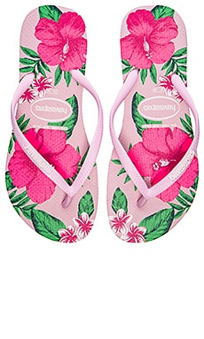 Havaianas Slim Floral Flip Flop in Light Pink