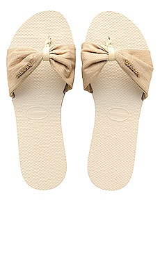 YOU ST. TROPEZ MATERIAL 샌들 Havaianas $40