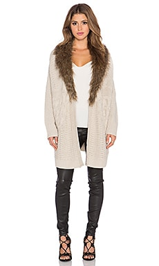 heartLoom Velma Sweater With Faux Fur Collar in Sand