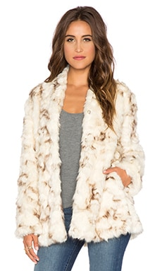 Tess Faux Fur Coat in Ivory