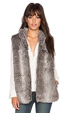 heartLoom Freya Faux Fur Vest in Dove