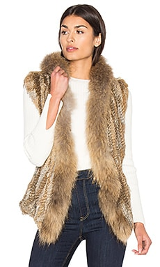 Lara Rabbit & Asiatic Raccoon Fur Vest em Natural
