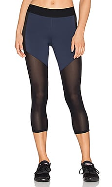 Heroine Sport Racing Capri in Navy