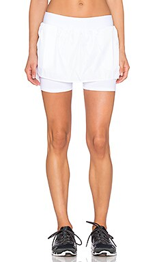 Heroine Sport Training Skirt in White