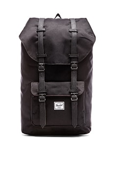 MOCHILA LITTLE AMERICA Herschel Supply Co. $110