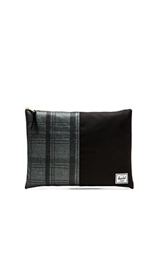 Herschel Supply Co. Network Pouch XL in Plaid & Black
