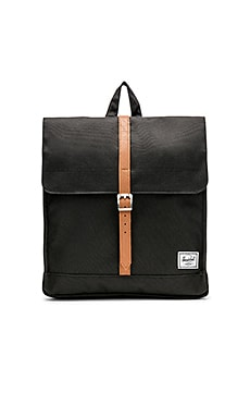 MOCHILA CITY Herschel Supply Co. $55