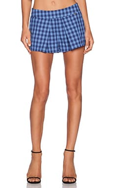harlyn Pleated Shorts in Bleu Plaid