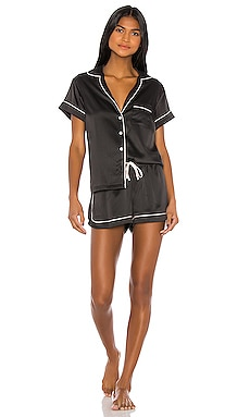 PYJAMA GRACE homebodii $89