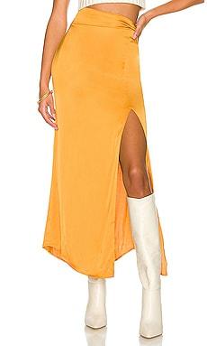 x REVOLVE Jayan Skirt House of Harlow 1960 $188