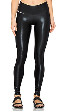 Brittany Compression 3/4 Legging in Black Foil