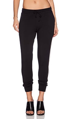 Heather Fleece Jogger in Black